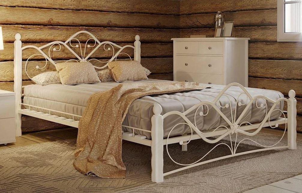 Кованая белая кровать К-004