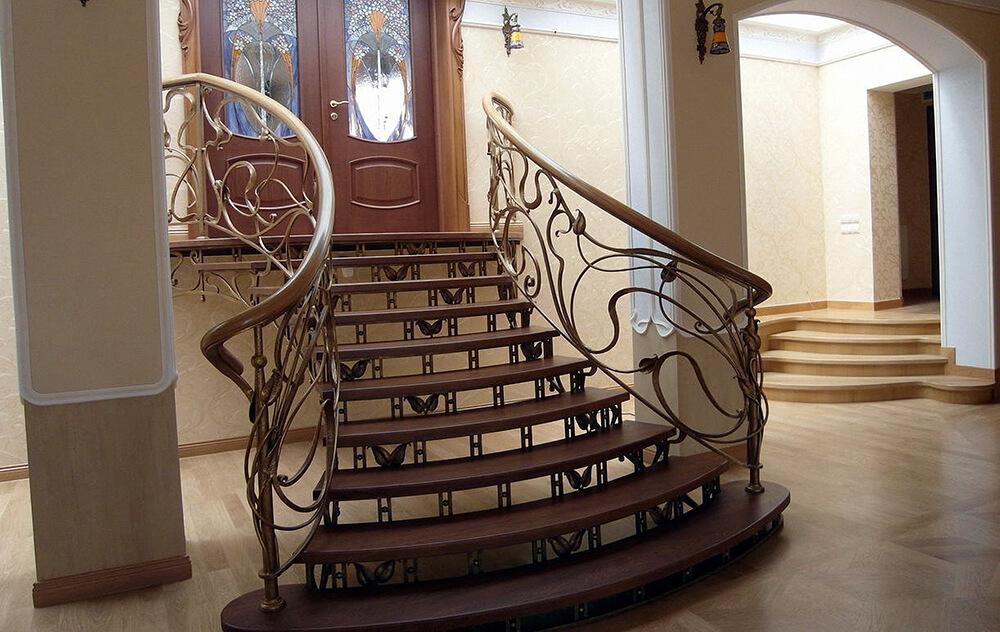 Кованая лестница К-004