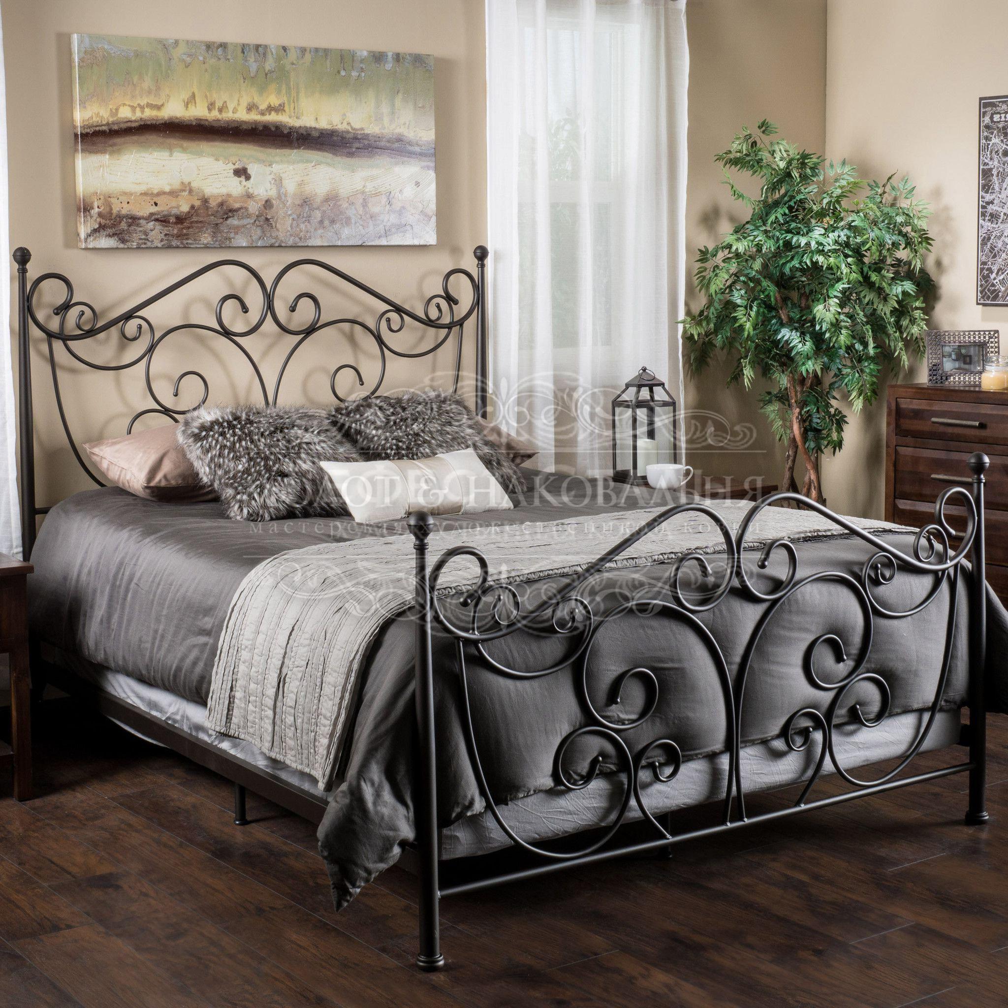 Кованая кровать К-008 полуторка
