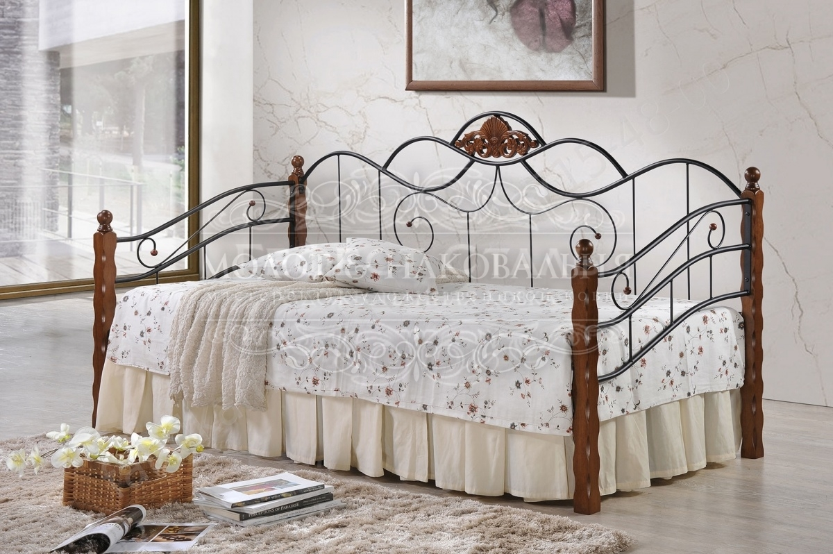 Кованая односпальная кровать К-006