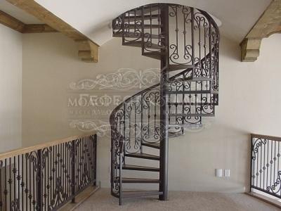 Кованая лестница К-006