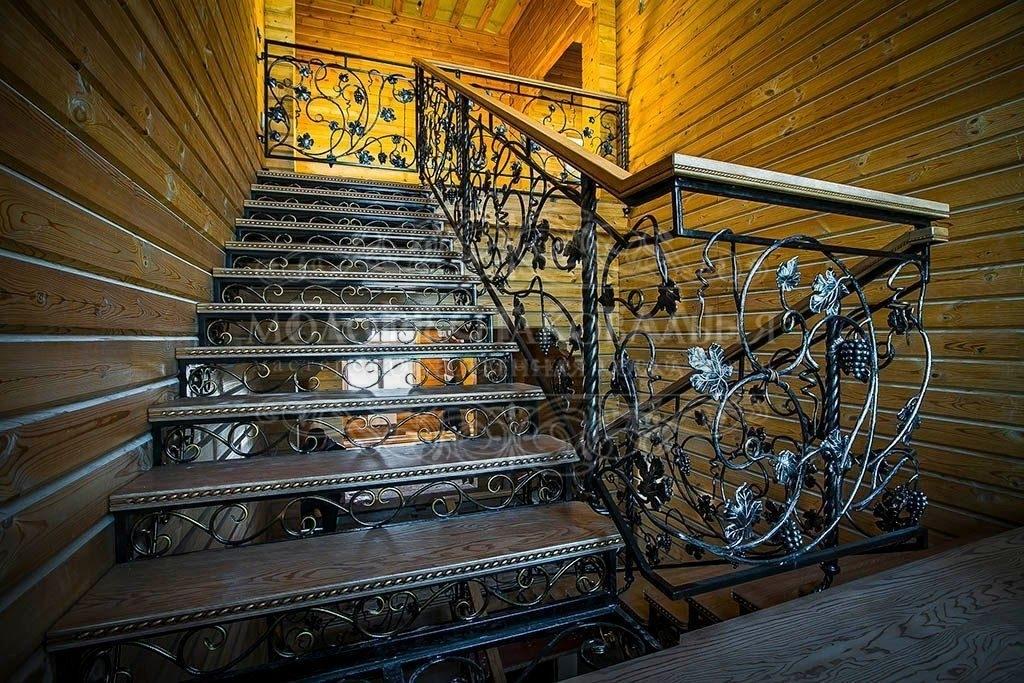 Кованая лестница К-008