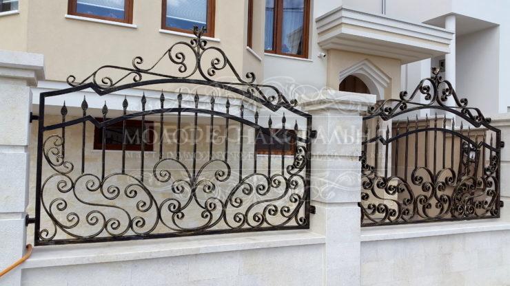 Кованый забор З-007 для частных домов
