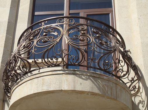 Кованый полукруглый балкон КБ-004